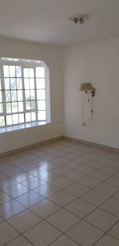 Venta casa esquina dos pisos y local comercial, Arica