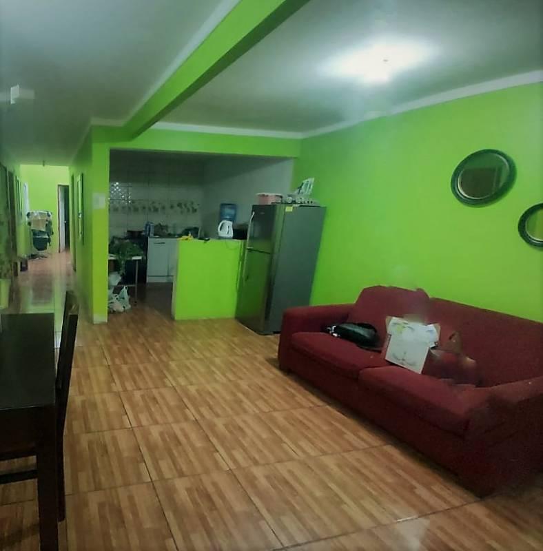 Venta casa cinco dormitorios dos baños, Arica
