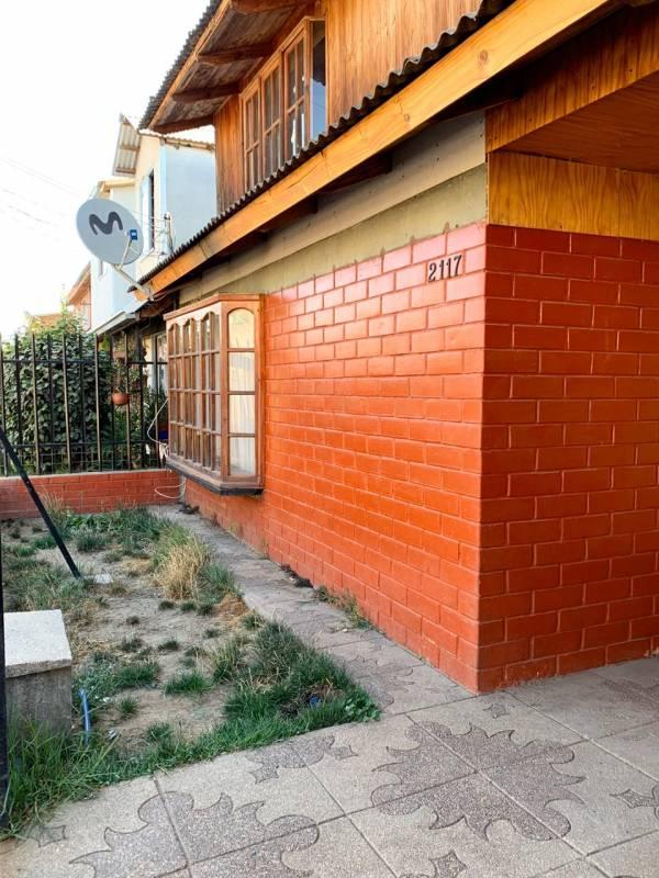 "Amplia Casa Molina ""buena ubicación"""