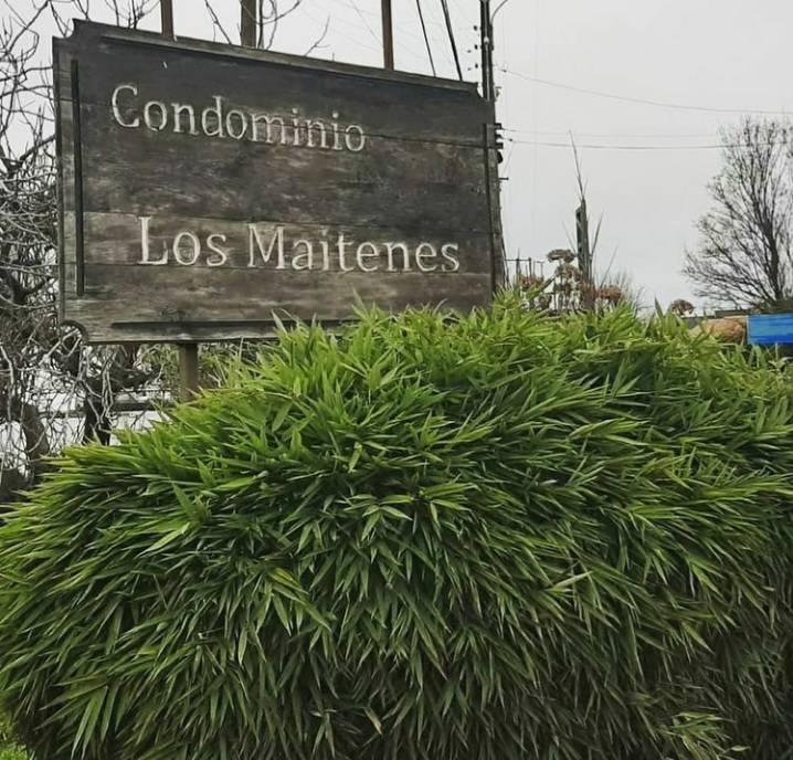 VENDEMOS PARCELA EN CONDOMINIO LOS MAITENES