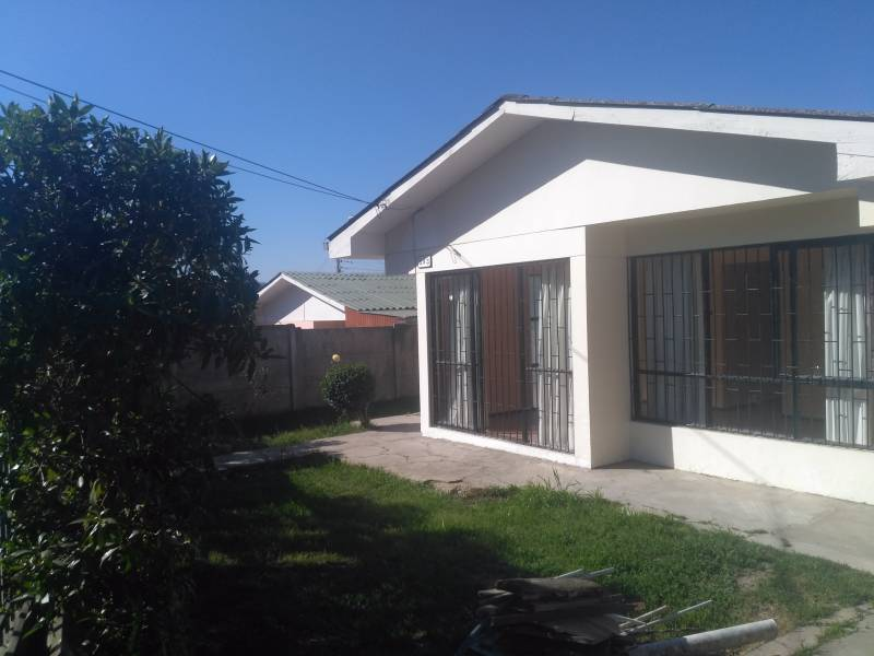 VENDO CASA INDEPENDIENTE  BELLOTO CENTRO