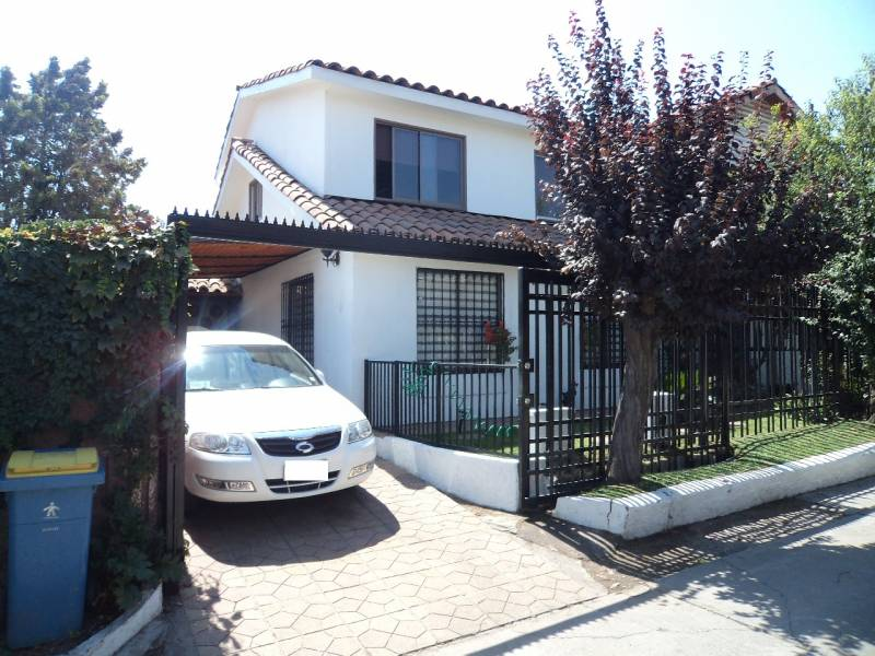 MYCASA BROKERS VENDE CASA $150.000.000, LA FLORIDA, 4D-2B-2E