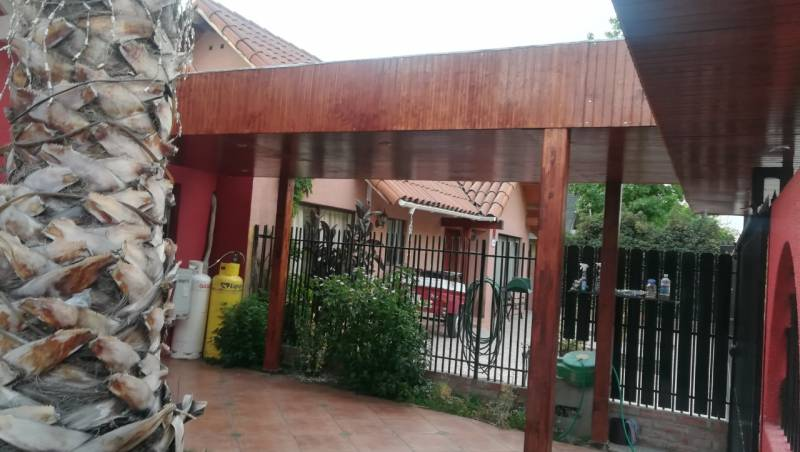 VENDE EXCLUSIVA CASA COMUNA DE LA FLORIDA UF 8.000