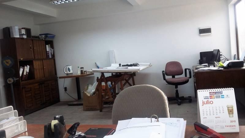 GALPÓN CON OF. / INDUST.- COMERCIAL - PANAMERICANA NORTE