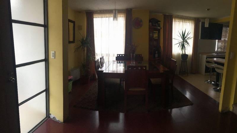 Hermosa Y Amplia Casa En Villa Jardines Del Sur, Maipu en ...
