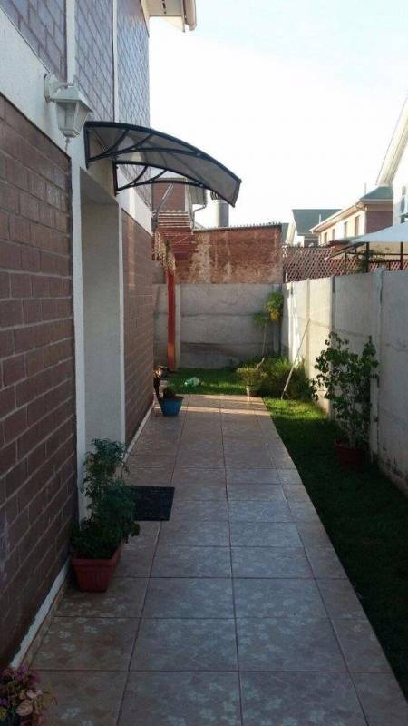 HERMOSA Y AMPLIA CASA EN VILLA JARDINES DEL SUR, MAIPU