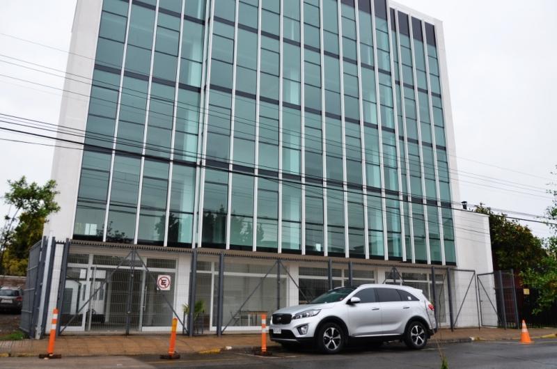 Vendo espectacular edificio de oficinas sin IVA