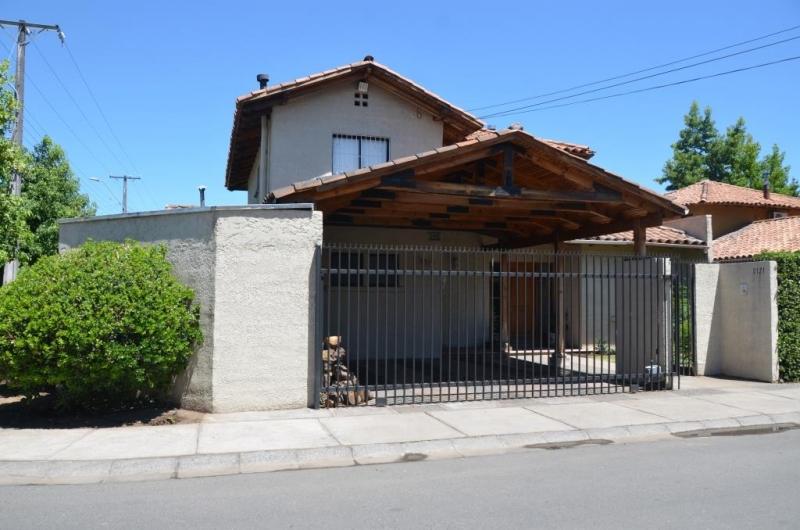 Excelente casa en condominio, sector oriente Curicó