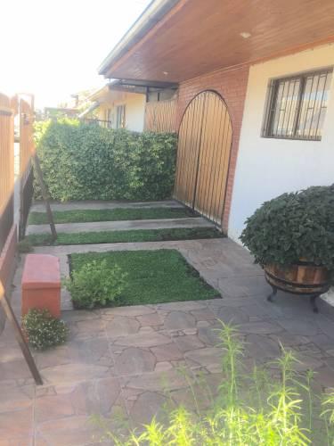 Se Vende Casa de dos pisos en Molina