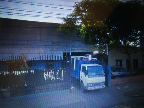 Galpon+oficina, cerca Metro Ecuador