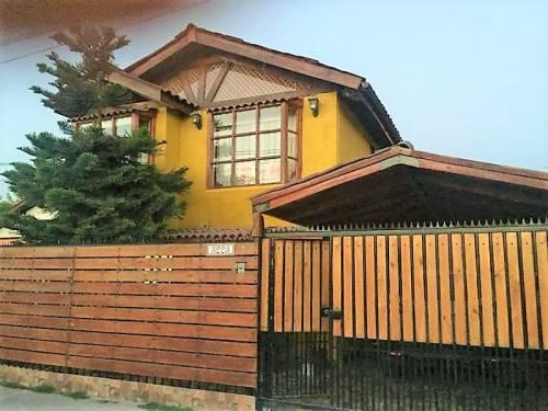 Amplia Casa Metro Sotero del Río