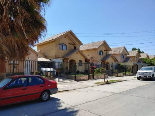 Hermosa casa en Leonidas Pérez