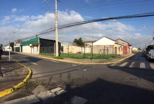 VENTA DE SITIO EN CENTRO DE CURICÓ.