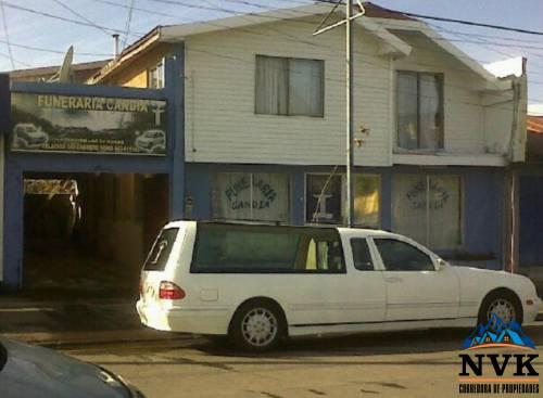 Funeraria mas casa habitacional en venta