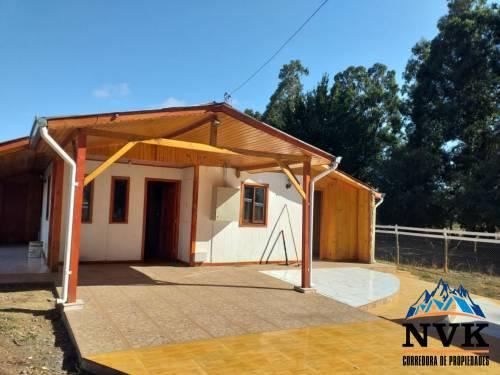 Hermosa casa camino a Pinto en venta