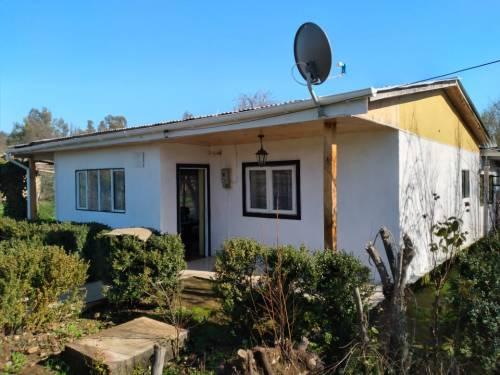 Se vende espectacular casa con terreno en un tranquilo lugar