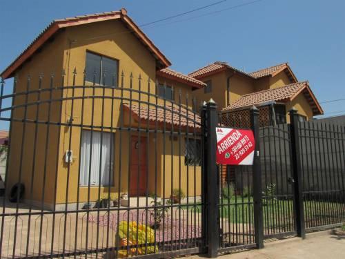 Casa en arriendo en Loma Redonda 1, Puente Alto