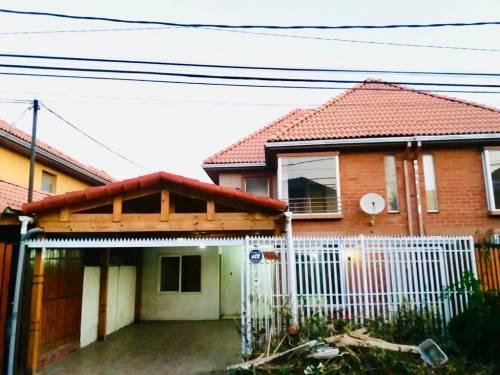 Se arrienda amplia casa en Altos de Quilicura