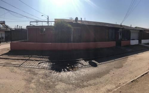 Se arrienda amplia y hermosa casa en Maipu